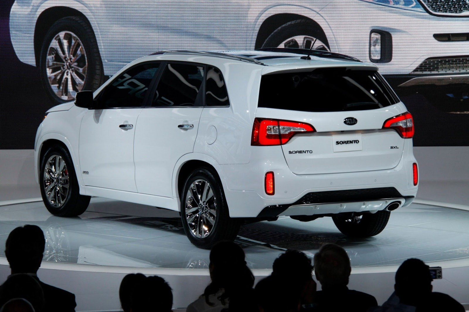 2014 Sorento May Look the Same  But Kia Says 80 Percent of the