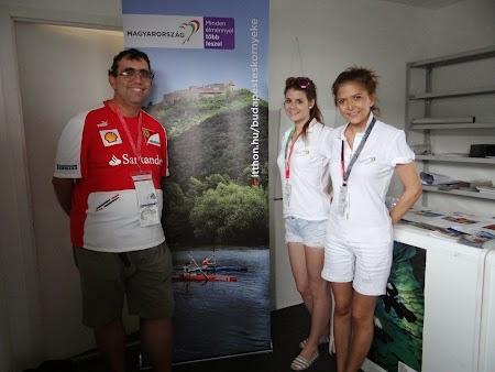 36. Cu fetele de la Biroul de Turism al Ungariei.JPG
