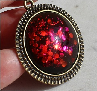 Pink & Red, Bronze Anhänger 2