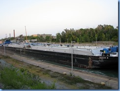 8060 Welland Canals Pwy - St. Catharines - Welland Canal Lock 4 - Tug Spartan and her barge Spartan II upbound