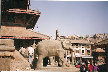 Things to do in Nepal: visit Durbar Square – Patan