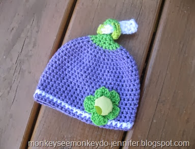 purple and apple green newborn knot hat (4)