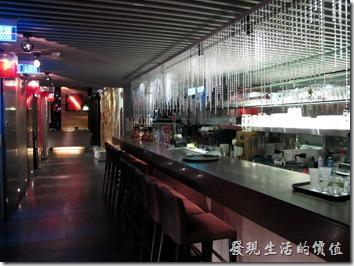 台北-三四味屋,吧台。