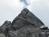 Rocky pyramid - not the true top of Trikora (Ricky Munday, Dec 1, 2010)