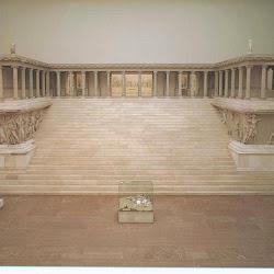 40 - Altar de Zeus en Pergamo