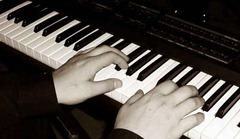 voz e teclado