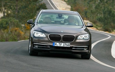 2013-BMW-7-Series-Exterior-Rear