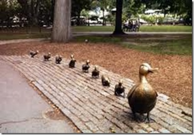 make way for ducklings scuplpture