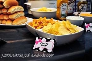 Minnie's-Bowtique-Chips