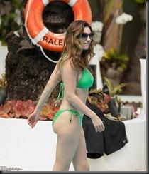 kelly-brook-bikini-3