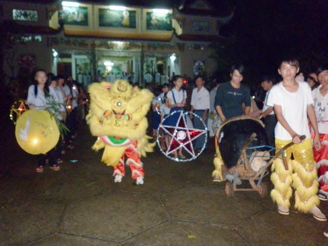 TrungThu2011KhanhVan_13.jpg
