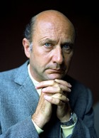 443px-Donald_Pleasence_Allan_Warren_edit