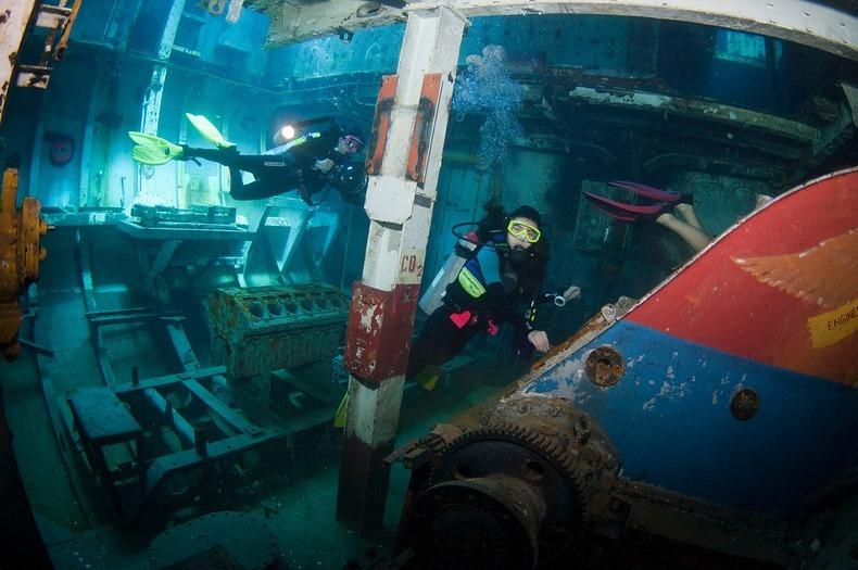 cayman-island-shipwreck-3