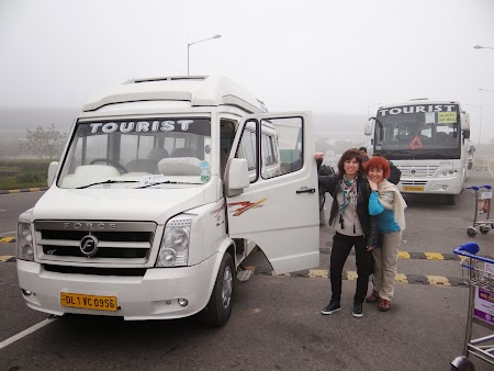 13. Microbuz India.JPG