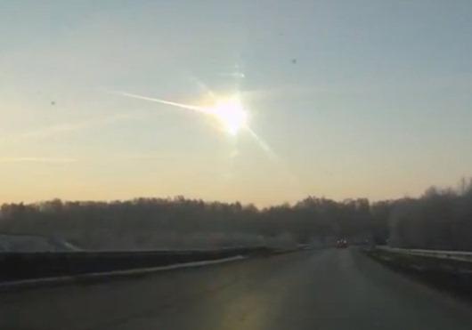 1360919603-v-chelyabinske-upal-meteorit-videopodborka