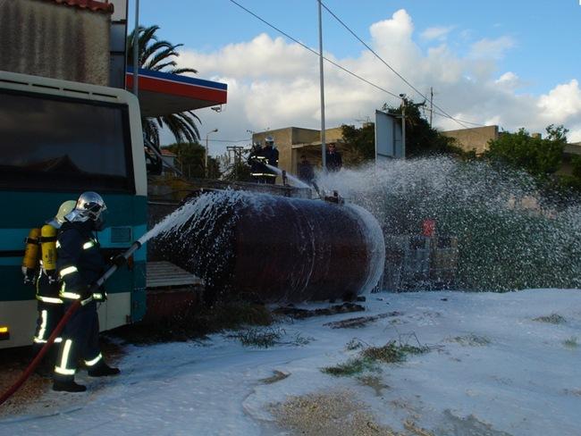 Άσκηση ετοιμότητας της Πυροσβεστικής στο 1ο Δημοτικό Αργοστολίου