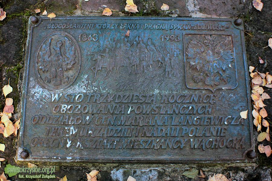 Tabliczna na pomniku