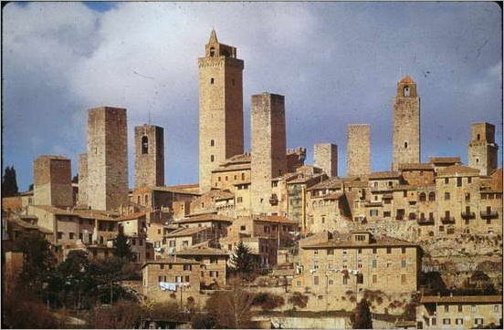 550px-Towers_of_San_Gimignano_10