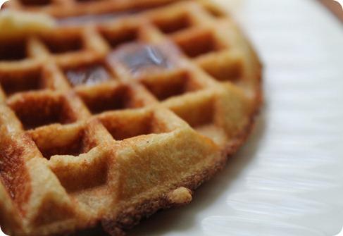 almond flour waffles 056