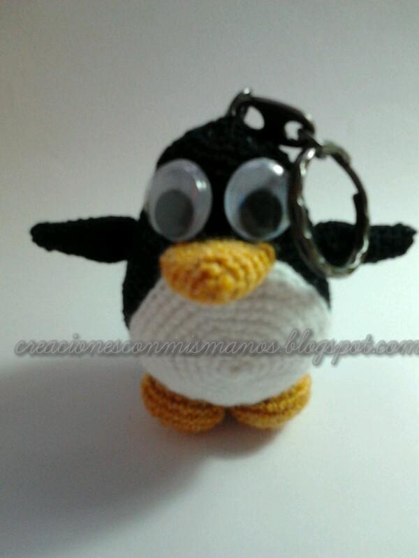 Amigurumi Manos : Manos de hadita: Pinguino amigurumi llavero