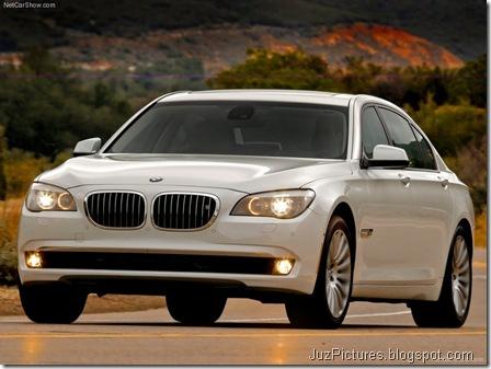 BMW 750Li 4