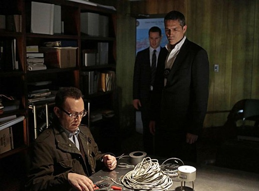 """Proteus"" -- Finch (Michael Emerson, left) uses his tech savvy to help Reese (Jim Caviezel, right) and an FBI agent track a killer on PERSON OF INTEREST, Thursday, March 7 (9:00-10:00 PM ET/PT) on the CBS Television Network. Photo: Giovanni Rufino/CBS ©2013 CBS Broadcasting, Inc. All Rights Reserved."