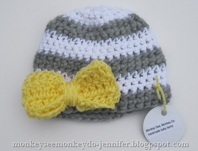 gray and yellow hat with bow (1)