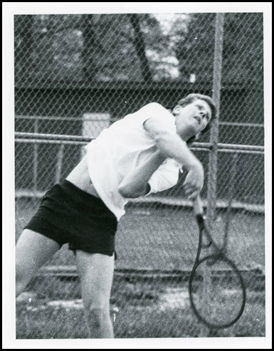 1988-Pic taken for newspaper-M on tennis team