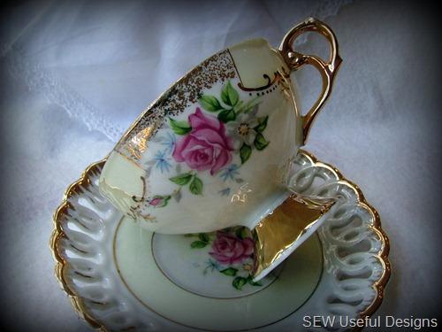 Teacups 3 pic