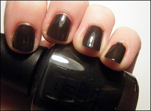 OPI Suzi Skis in the Pyrenees Swatch