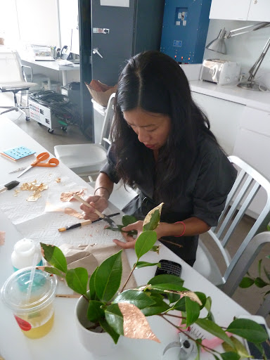 Here's Kate adding gold leaf to the foliage.
