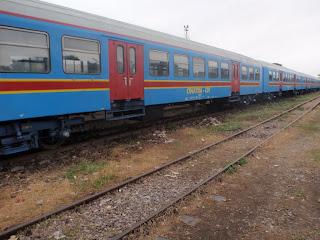 – 13 nouvelles voitures de l'Onatra pour le train urbain à Kinshasa, 07/02/2011.