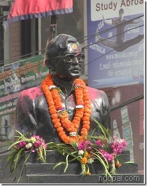 Narayan_gopal_statue_closeup