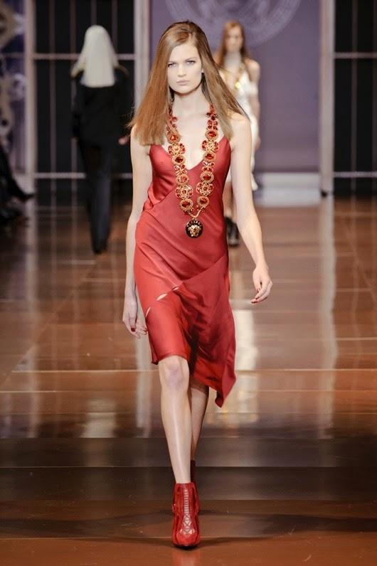 Versace Fall 2014 yc1EkxipjtRx
