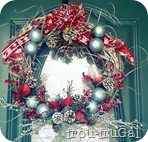 Winter Cardinal Wreath