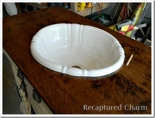 antique bathroom vanity sink 002a