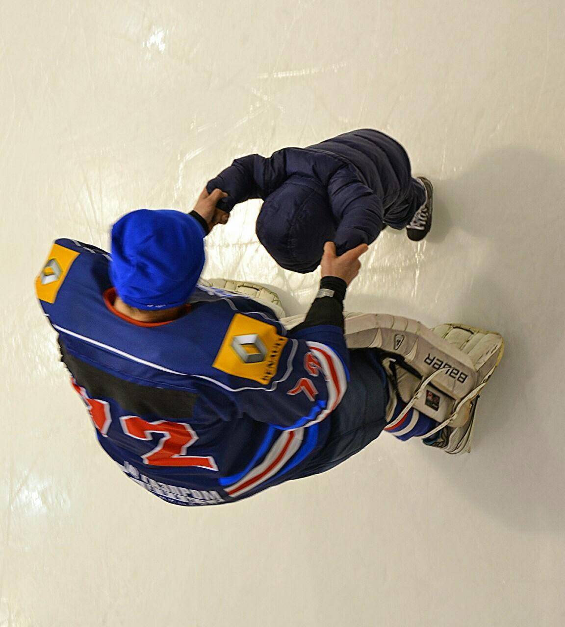 Поздравление хоккеиста с рождением сына