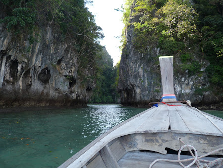 Plaje Thailanda: intrare in laguna Hong