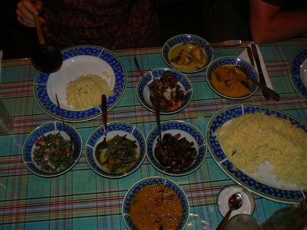 Cazare Sri Lanka: Palm Garden Guesthouse Kandy cina la Palm Garden Kandy.JPG