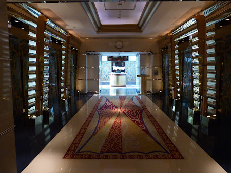 Obiective turistice Dubai: prin Burj al Arab