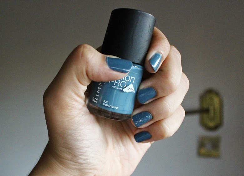 Rimmel Salon Pro Nail Polish with Lycra - Stormy Skies (431)