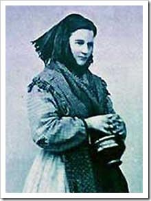 Donna romana con scaldino (1858) (part) www.lanternamagica.eu