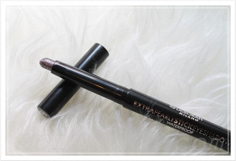 extra-pearl-stick-eyeshadow-05-deborah