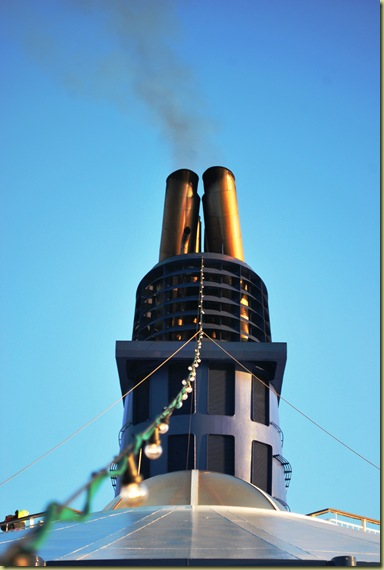 2011-11-26 Ship Chimney