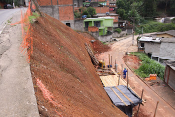 Muros de contenção para a segurança da população