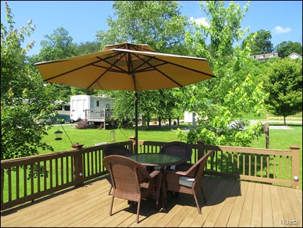 Rivers Edge Rv Park, deck