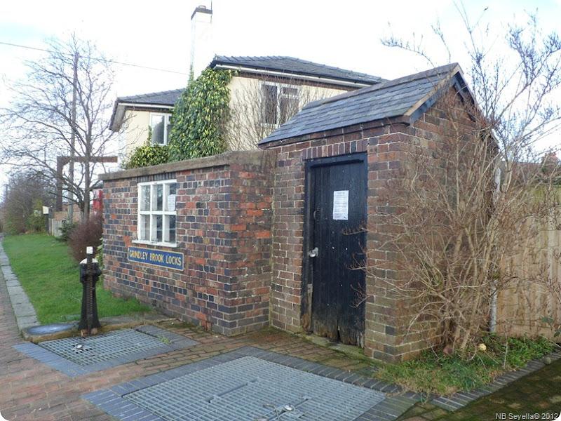 SAM_0025 Lock Keepers hut