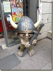 20130729_troll looks familiar (Small)