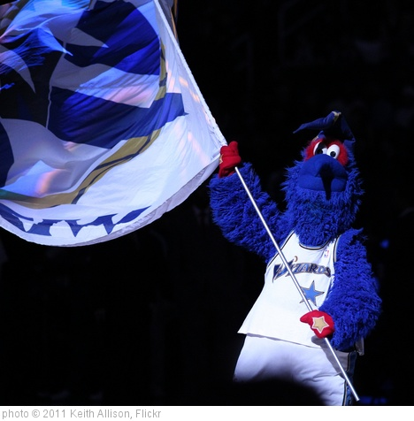 'Washington Wizards Mascot' photo (c) 2011, Keith Allison - license: http://creativecommons.org/licenses/by-sa/2.0/