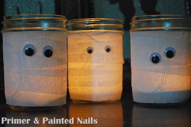 Mummy Jars Lit Up - Primer & Painted Nails